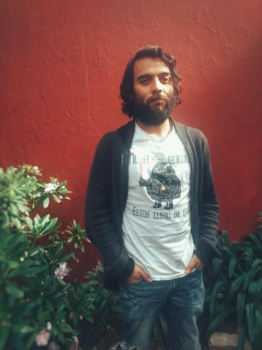 Leandro V.